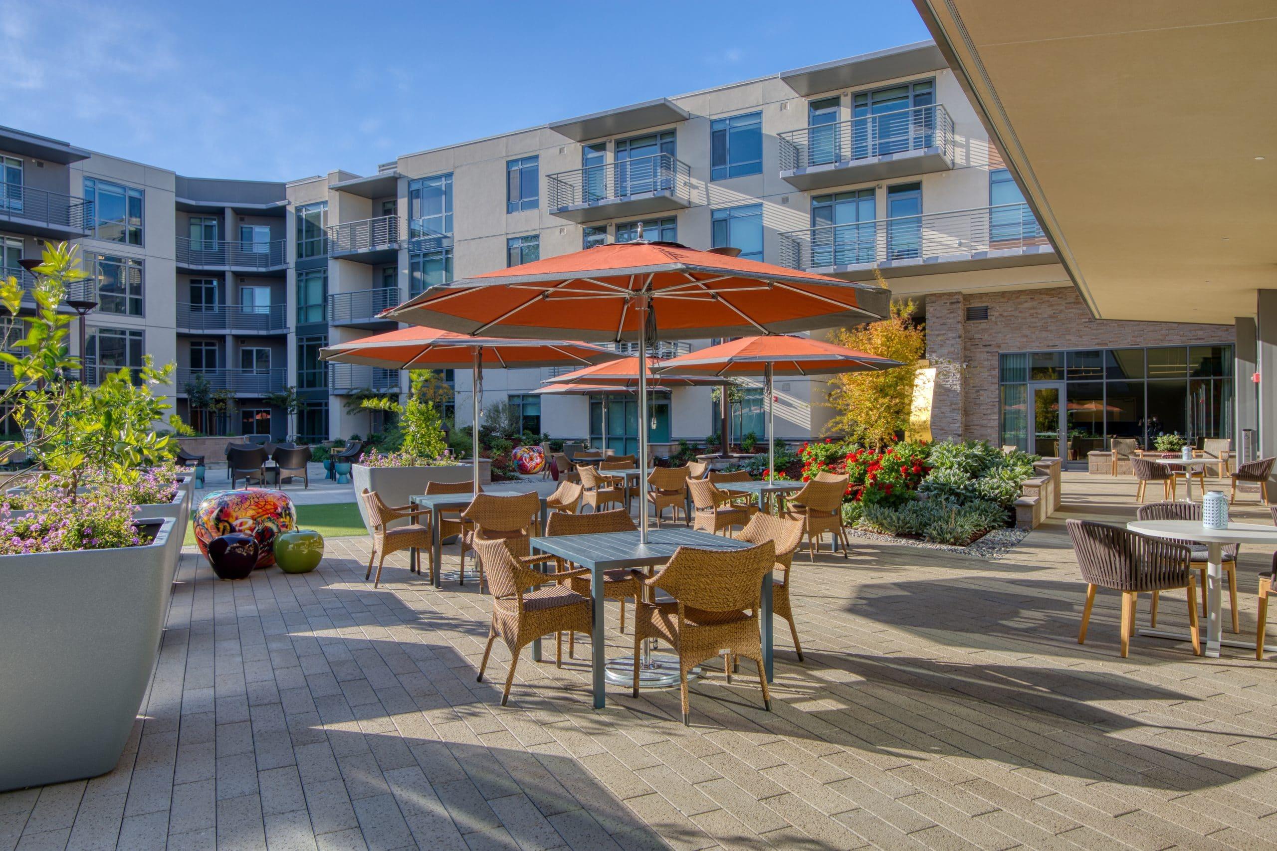 viamonte outdoor community space